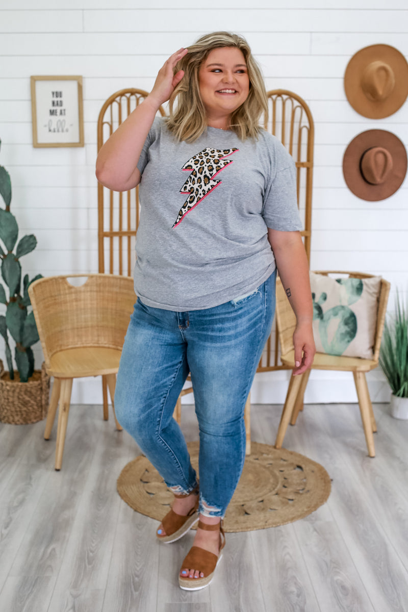 Plus Size Short Sleeve Graphic Tee | Stylish & Affordable | UOI Online