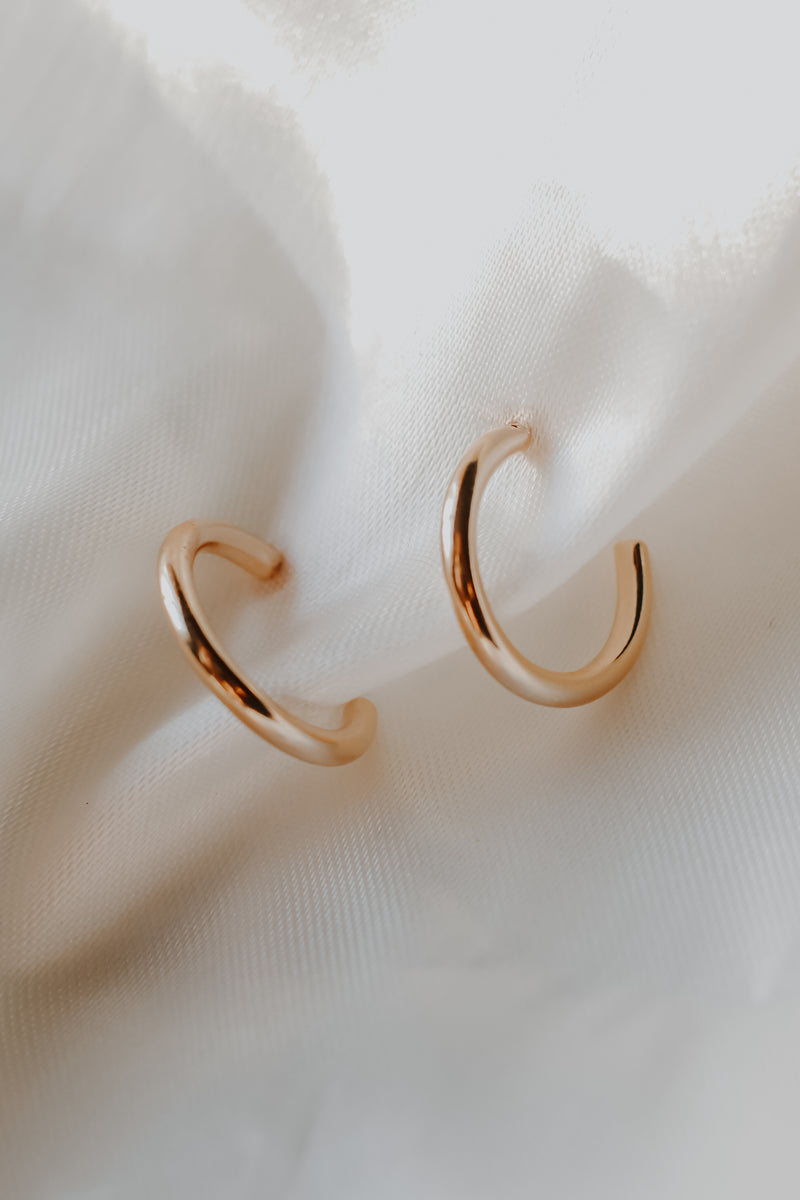 14K Gold Dipped Hoop Earrings | Stylish & Affordable | UOI Online