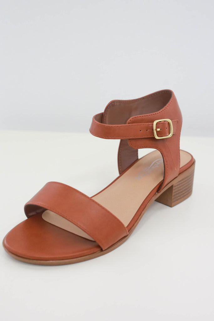 Women Shoes Online | W-CLOSS Heeled Sandals