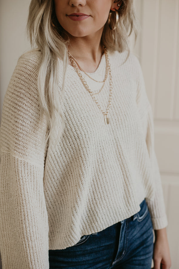 Slightly Cropped Lightweight Knit Sweater | Stylish & Affordable | UOI Online