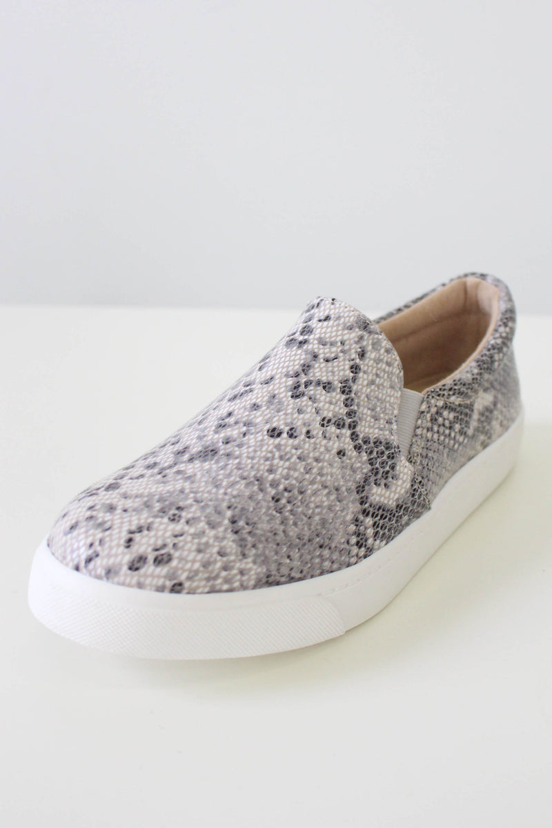 Reign Snakeskin Sneakers - Online Clothing Boutique