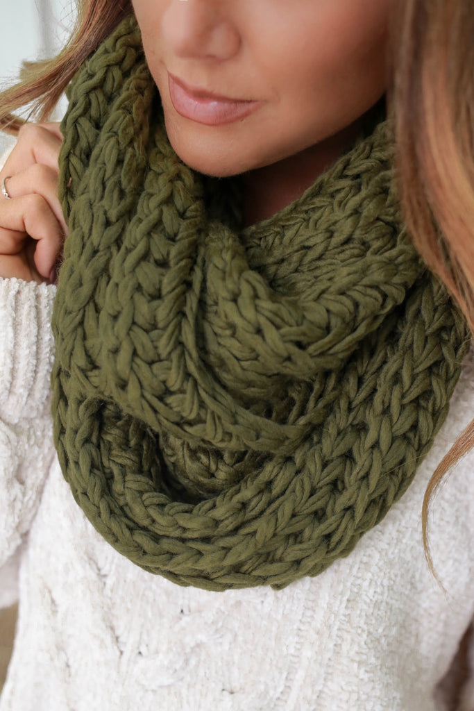 Chunky Knit Infinity Scarf - Online Clothing Boutique