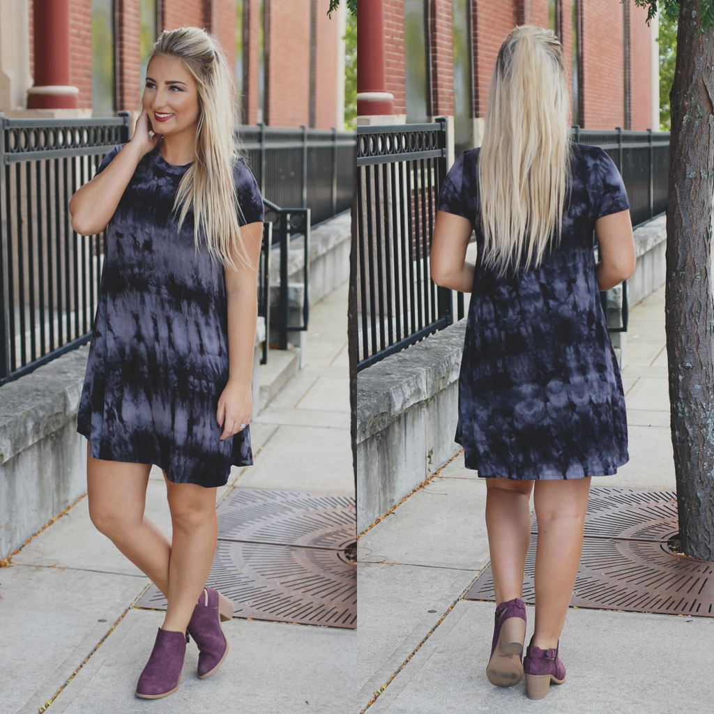 Black Tie Dye Short Sleeve Round Neck T-shirt Dress