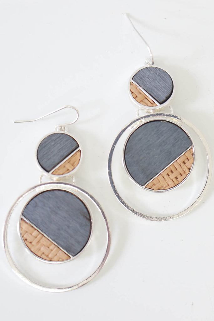 Circle Dangle Earrings - Online Clothing Boutique