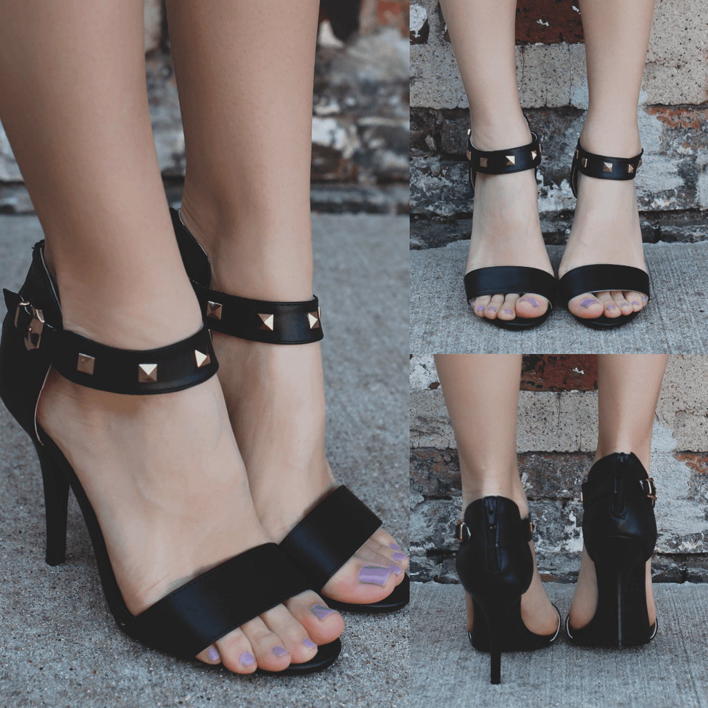 Shoes - Online Clothing Boutique