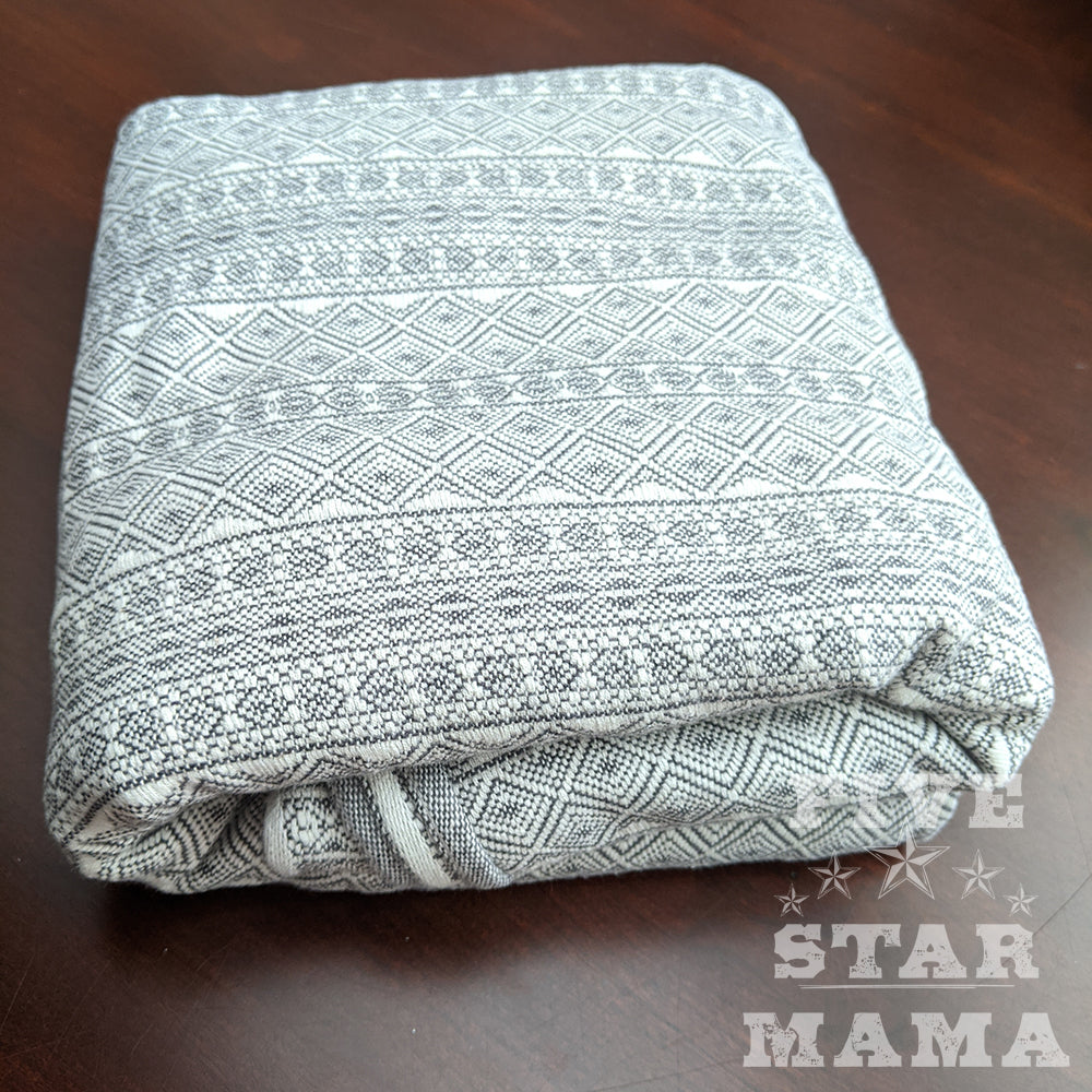 Pre-owned: DIDYMOS Baby Wrap Sling Prima Pebble, size 3