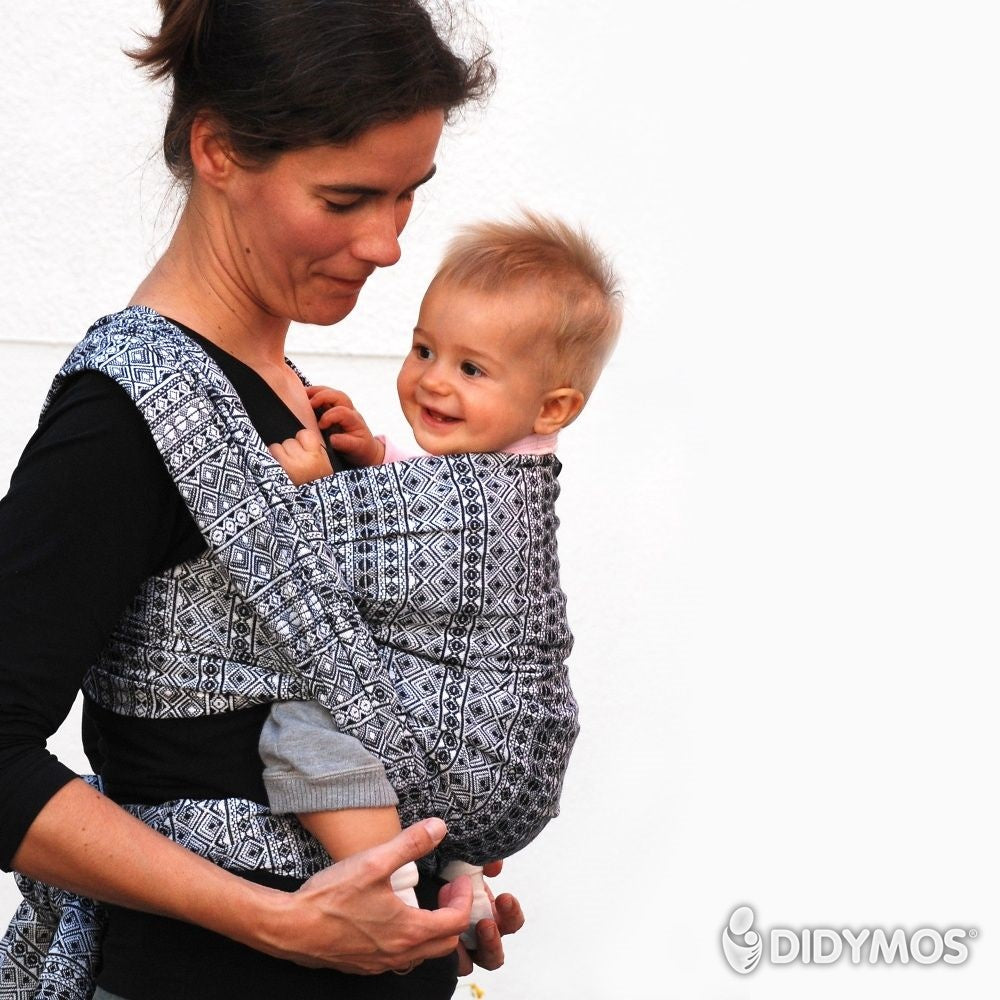 Pre-owned: Baby Wrap Sling Prima Black and White, size 8