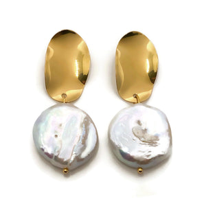 Thea Pearl Earrings