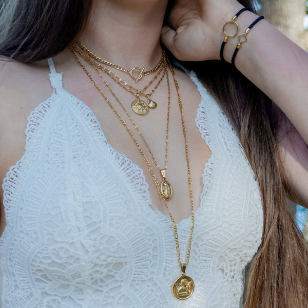 Adella Seashell Necklace - Krave Jewelry Co - Bracelets Necklaces Earrings