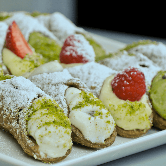 10 Cannoli (9cm) - Mixed Fillings