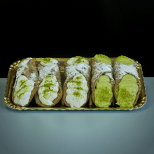 Load image into Gallery viewer, 5 Cannoli (15cm) - Mixed Fillings