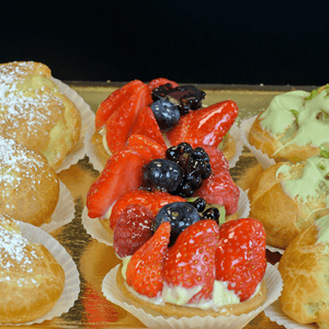 12 Pastries - Fruit Tarts & Bignè