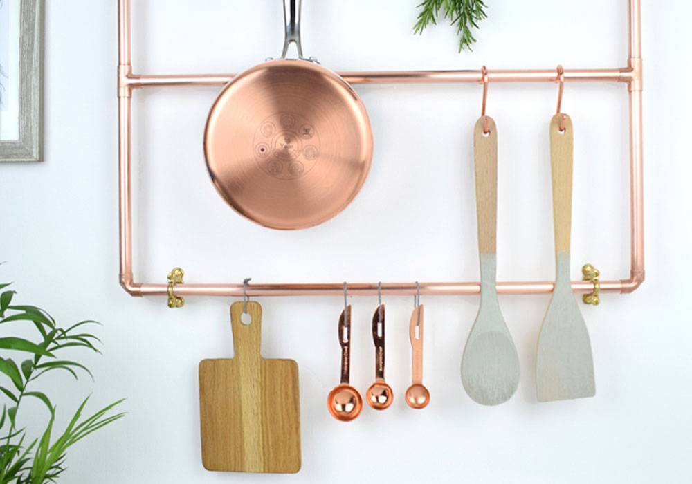 copper wall pot and pan rack