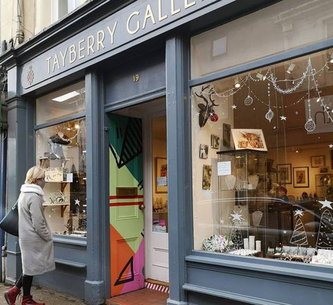 Shop front of Tayberry Gallery in Perth scotland