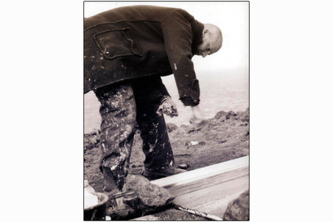 Kurt Jackson working on Botallack cliff. 1998. Pack of 10.