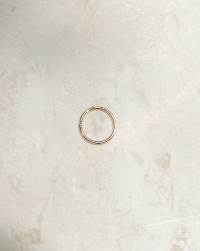 (Single) Twist Mini Hoop | 9k Gold