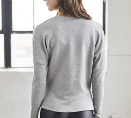 Load image into Gallery viewer, Traverse Top - Heather Grey