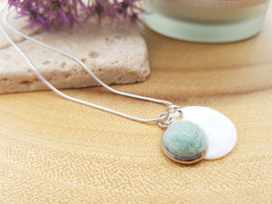 Mother of Pearl Dot Necklace - Aqua