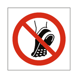 Do Not Wear Studded Shoes Symbol Sign | Safety-Label.co.uk