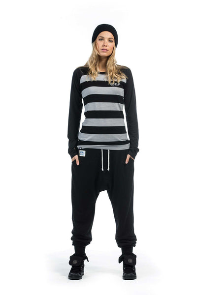 mons-royale-raglan-merino-long-sleeve-jail-bird-black-womens