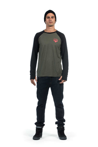 mons-royale-raglan-merino-long-sleeve-khaki-black-mens