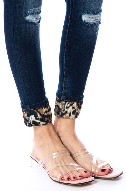 Wild and Free Leopard Patch Kan Can Skinnies