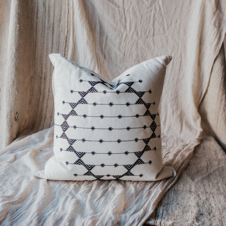 Roost Objects Black / FINAL SALE Kashida Diamond Pillows