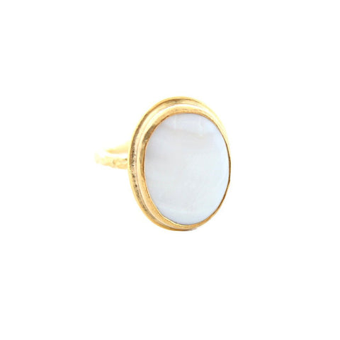 CAPRIXUS Jewelry US 6 / Gold Mother Pearl Ring