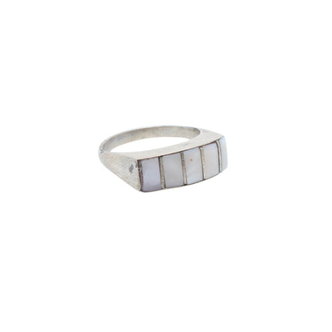 Child of Wild US 6 / Silver Vintage Mother of Pearl Ring
