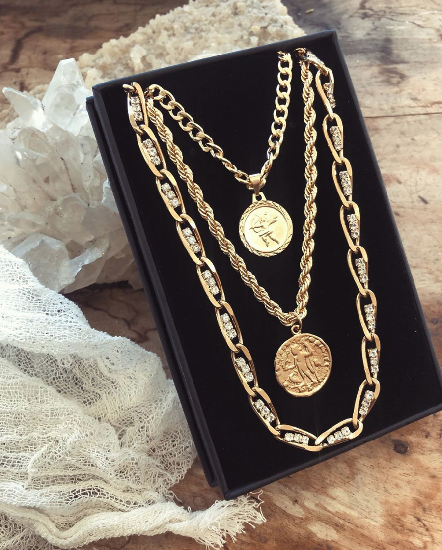 Goddess Jewelry Gold / With Coin / 18 Inches The Corda Necklace