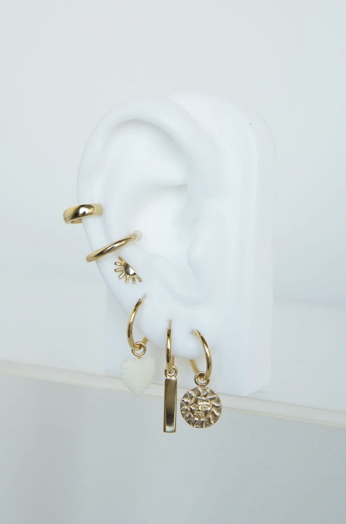 Wildthings Collectables Jewelry Gold Ivory Heart Earring