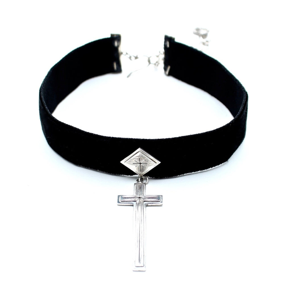 VSA sale Silver / FINAL SALE / 12 Inches Santisimo Choker