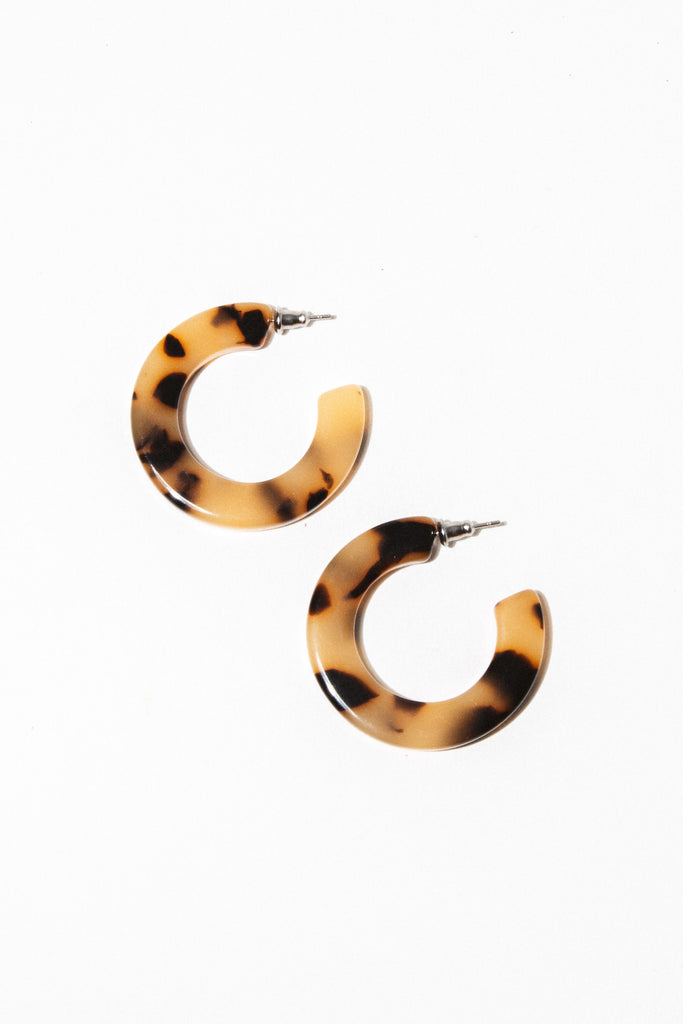 Machete Jewelry Blonde Tortoise Kate Hoops