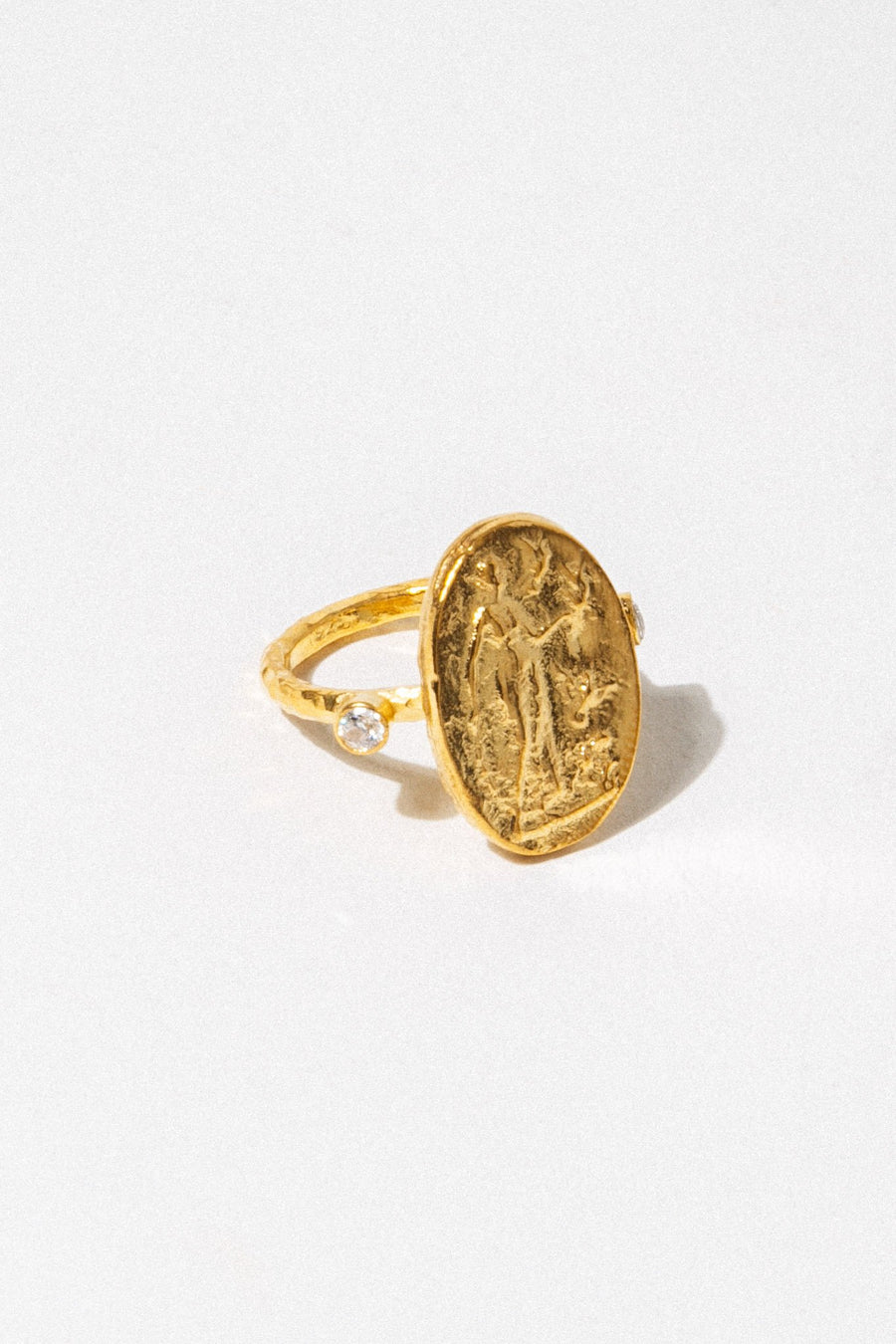 CAPRIXUS Jewelry Aphrodite Gold Ring