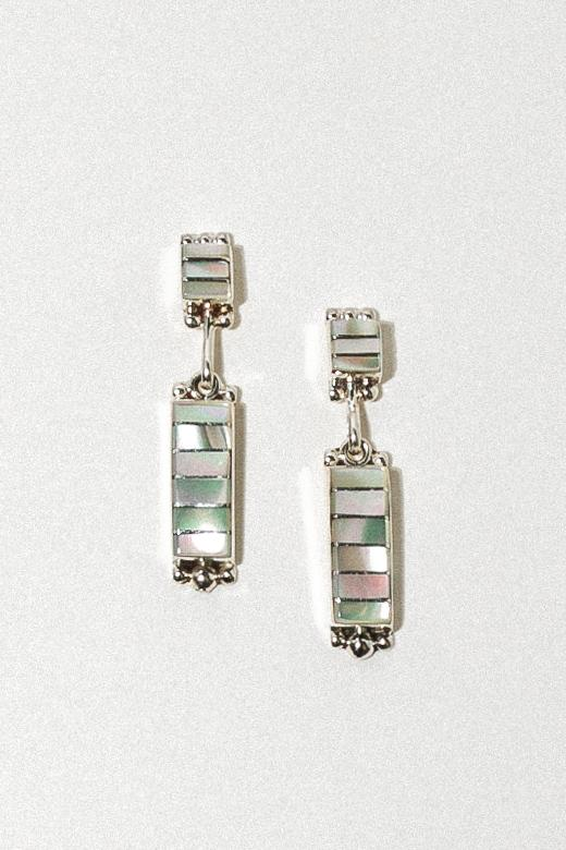 Sunwest Jewelry Silver / Mother of Pearl eNA005