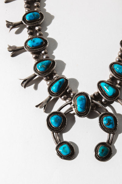 Vintage Native American Jewelry Turquoise / 24 inches Sea of Turquoise Squash Blossom
