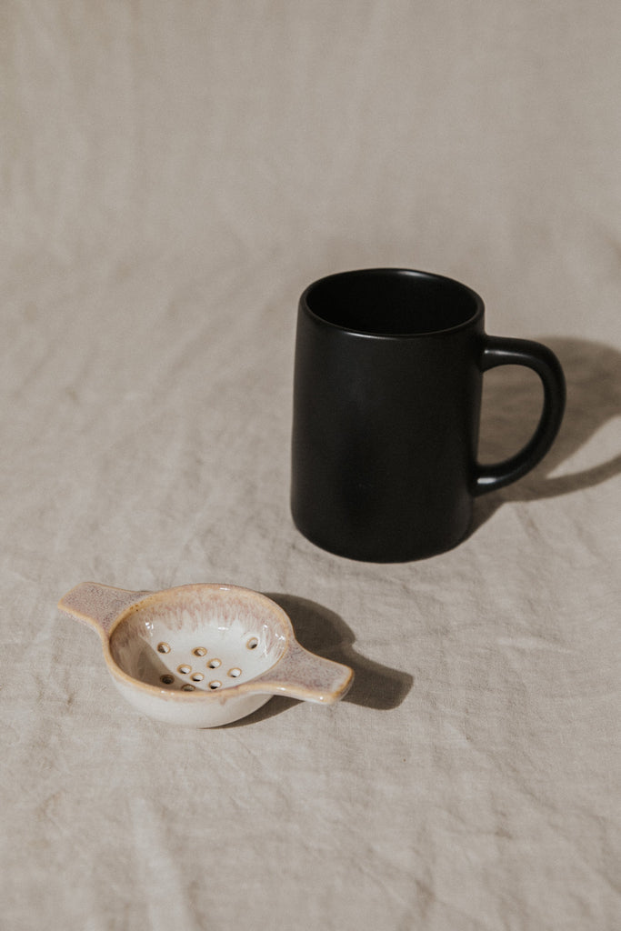 Bloomingville Objects Cream / FINAL SALE Stoneware Tea Strainer