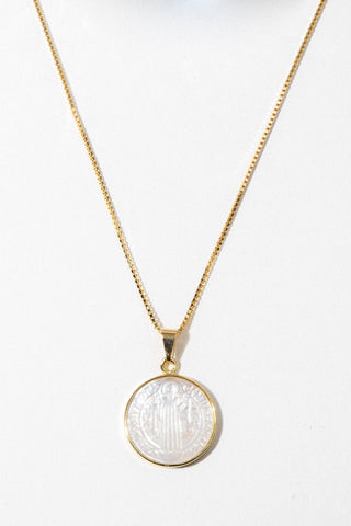 Dona Italia Jewelry Gold / 14 Inches Modern Revelation Pearl Necklace