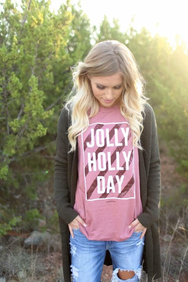 Holly Jolly Day Tee