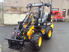 JCB 403 Compact Wheeled Loader with canopy