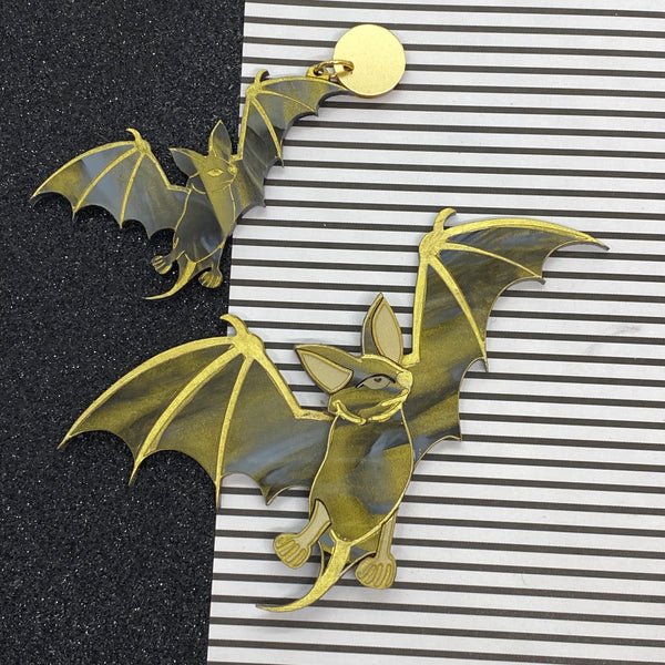 Bat magic earrings - Gold