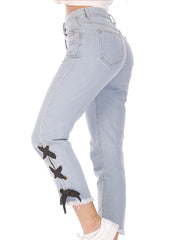 Side Straps With Slim-Fitting Jeans