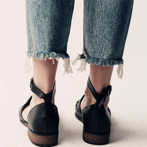 Ladies Fashion Casual Low Heel Hollow Buckle Sandals Shoes