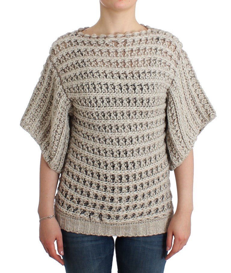 Beige short sleeved sweater