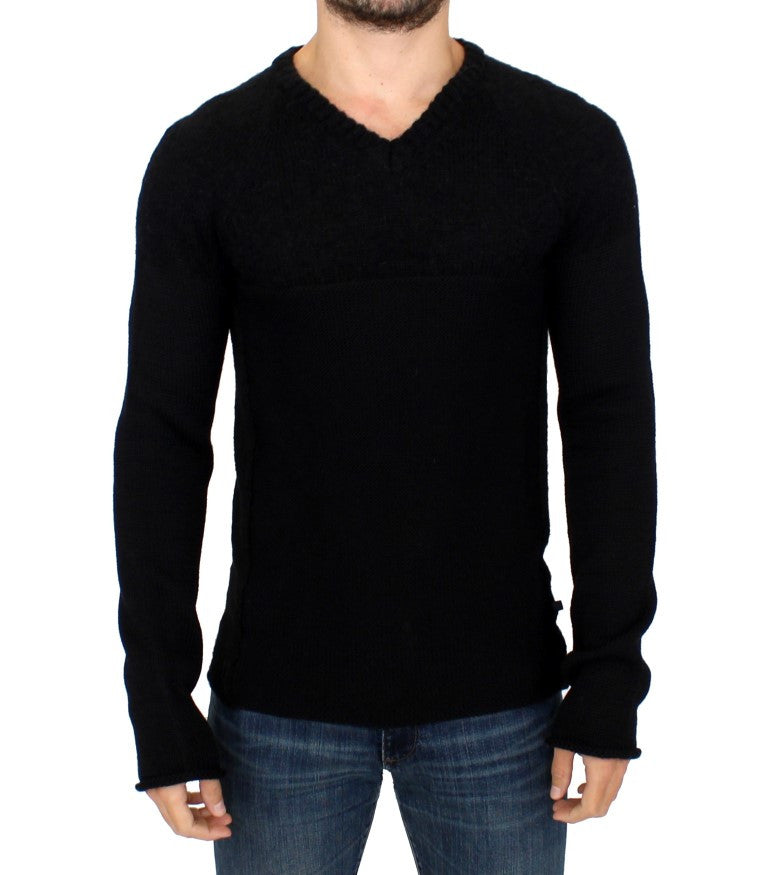 Black knitted wool V-neck sweater