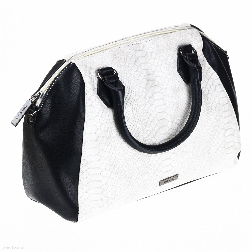 Idol Shoulder Bag (Black/White handbag)