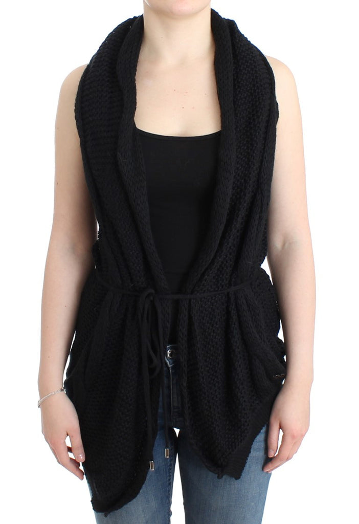 Black sleeveless knitted cardigan