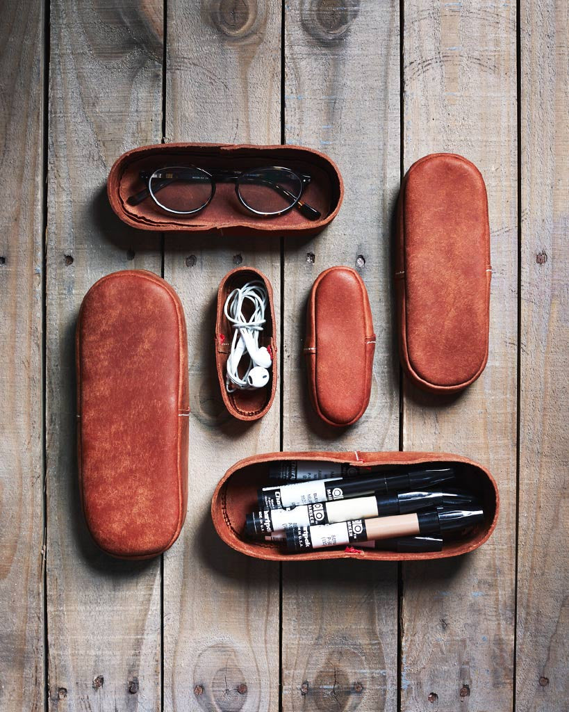 Classiky Oval Leather Case