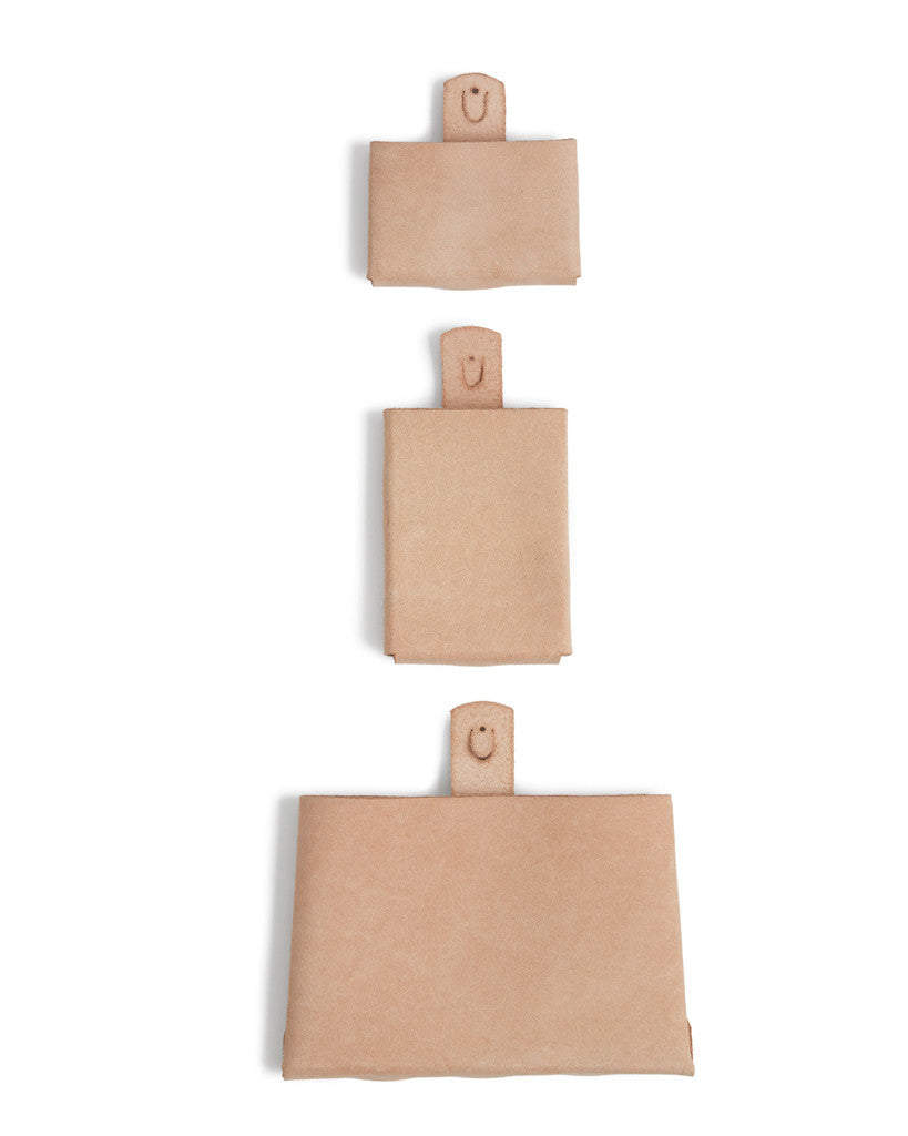 hender scheme leather wall pocket card