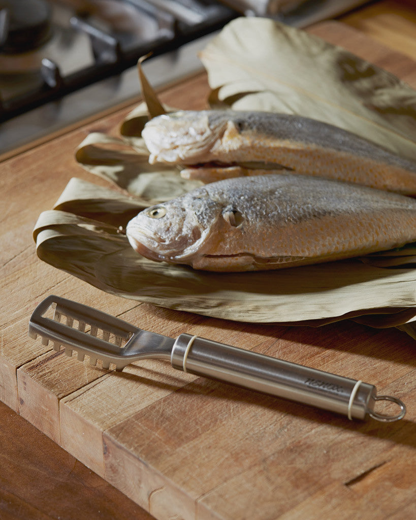 Nenohi Fish Scaler